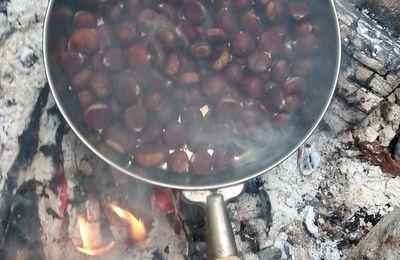 Châtaignes et soupe de courge au feu de bois