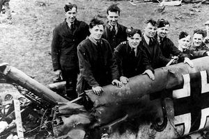 Rudolf Hess plane wreckage hidden by Scottish farmers, letter reveals