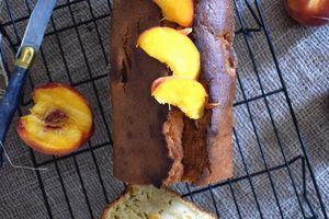 Cake pêches mascarpone