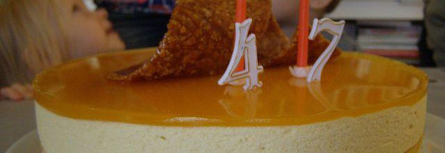 Entremet aux mousses abricot/mangue, miroir mangue