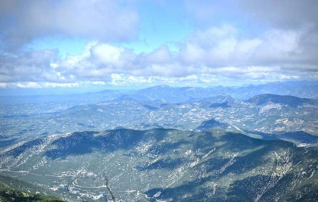 Tout là-haut : Mont Ventoux (vaucluse)