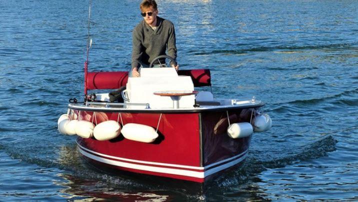 Tourisme fluvial – Ruban Bleu, premier fabricant européen de bateaux électriques