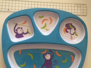 assiette premier repas de bébé sur charlotteblablablog
