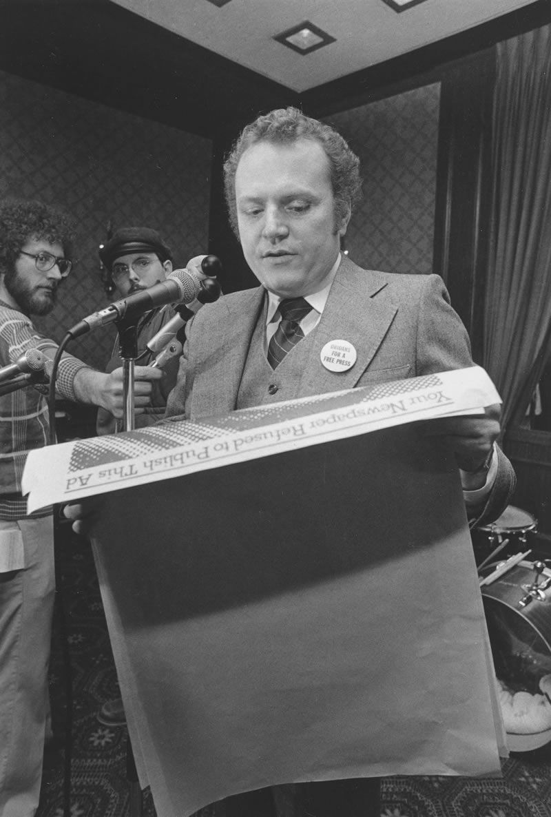 Mr. Flynt in 1977 at a free-speech rally in Ohio that he organized.Credit...Associated Press
