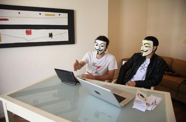 """A voir mercredi : Internet, """"la guerre est déclarée"""" (extrait Pièces à conviction)."""