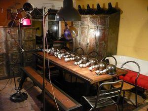 Lampes Jielde 4 bras - superbe socle à ailettes - différents modèles.