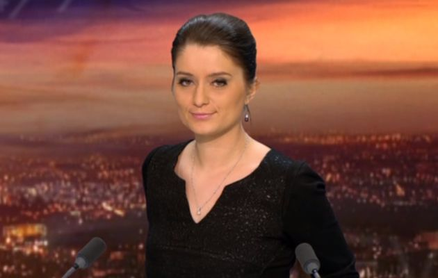 2013 11 02 - 21H22 - CELINE MONCEL - BFM TV - WEEK-END 360