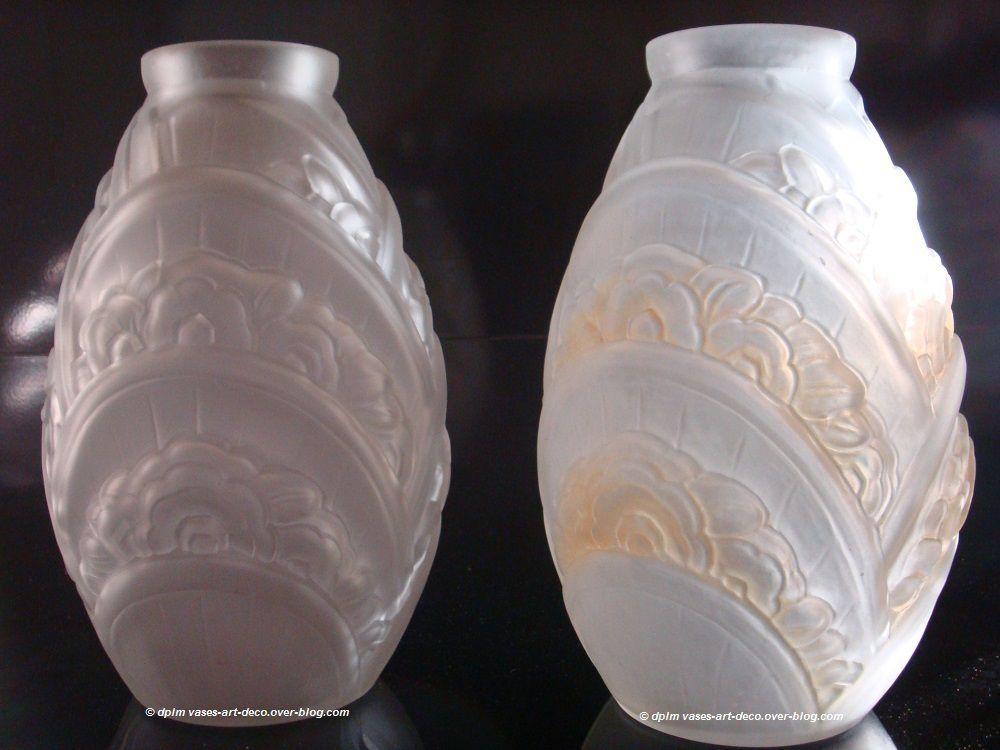 Vases Muller Frères Lunéville. Une Paire. Décor Blanc et Décor sépia.