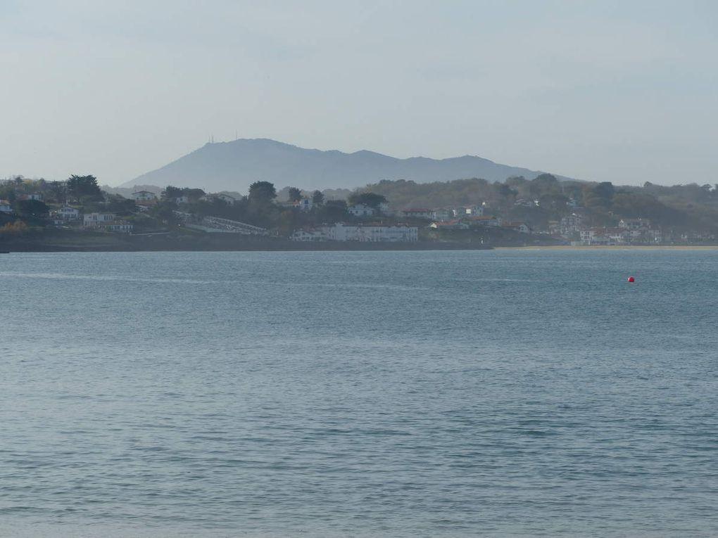 Le port de St Jean de Luz, le Fort de Socoa, la Pointe Ste Barbe, Ciboure et son port.