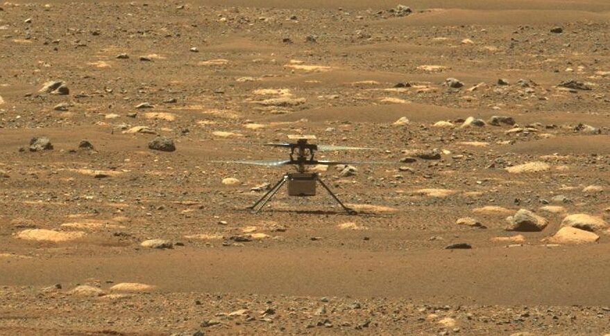 """Rover """"Perseverance"""" et hélicoptère """"Ingenuity"""" (source NASA)."""