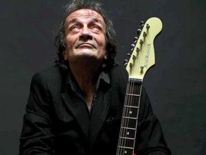 patrick dietsch, un merveilleux chanteur et guitariste français qui fut co-fondateur du groupe martin circus et qui sut distiller une belle carrière en solo