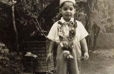 L'enfance de Farrokh Bulsara