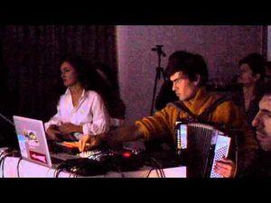 piere mourles alias sangue, musicien français mélangeant les genres à travers le folk et l'électronique