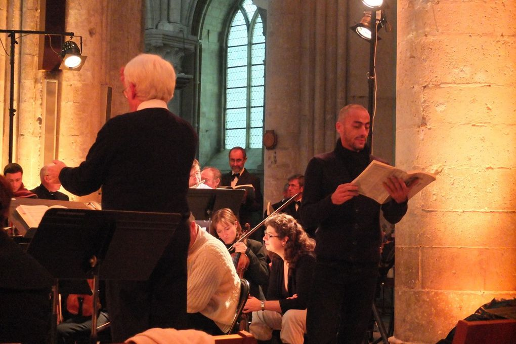 Concert en la cathédrale Saint-Pierre de Lisieux, messe en si mineur de Bach, photos de Brigitte, soprane 1 du Choeur Deux