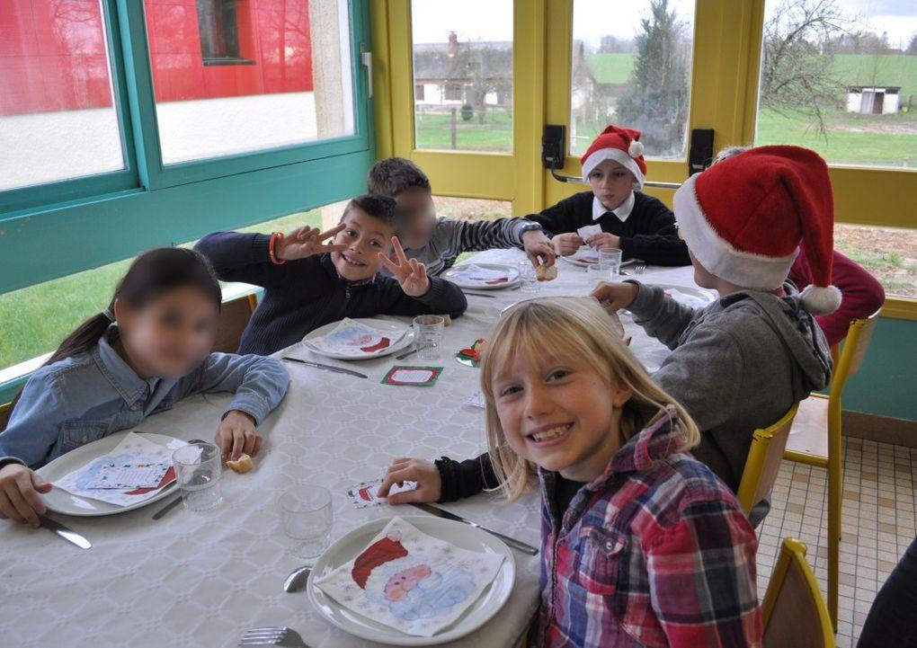 Repas de Noël au restaurant scolaire
