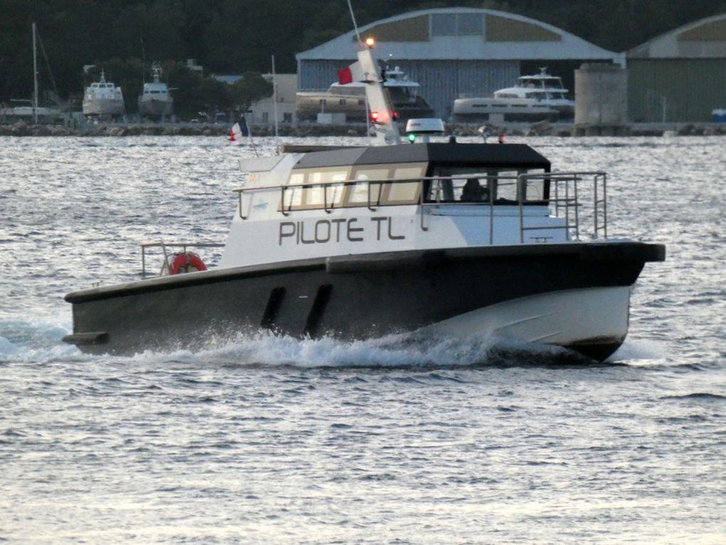 MEJEAN , pilotine du port de Toulon le 12 novembre 2018