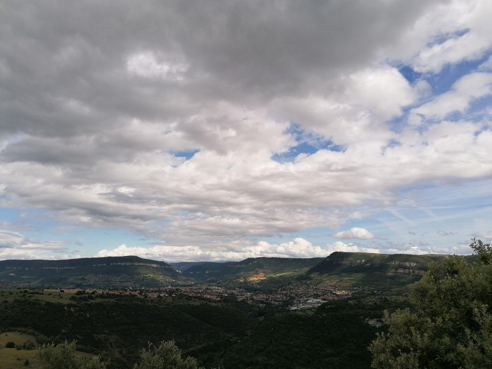 Ciel nuageux sur Millau (juillet 2021)