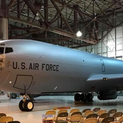 "Boeing KC-135R ""Stratotanker"" - 92d Air Refueling Wing (92 ARW) - 912th Air Refueling Squadron (912 ARS) - Nose Art ""ll Be Around"""