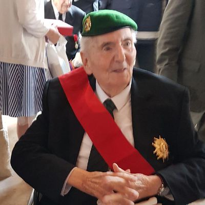 Hubert Germain Grand Croix de la Légion d'Honneur.