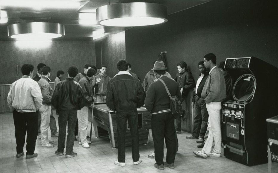 Vidéo. L'ennui, l'école, les filles sujets de conversation des jeunes des années 1970 à Aulnay-sous-Bois !