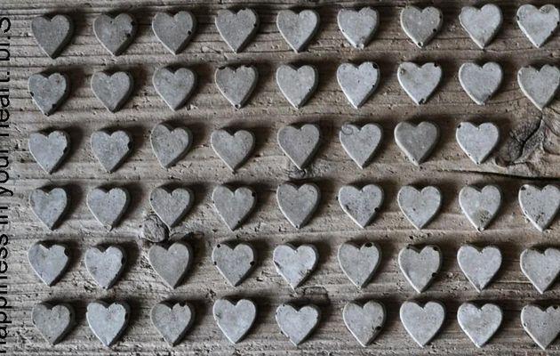 Petits coeurs en bois de récup