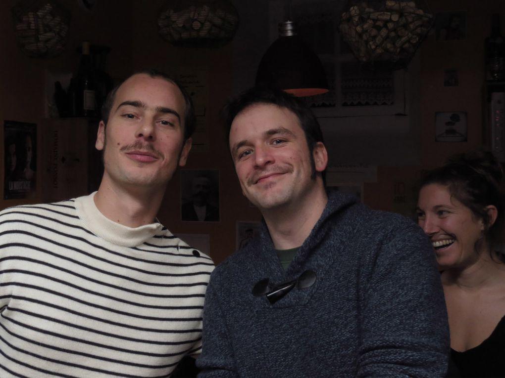 14 décembre 2012, tous le monde en moustache au bouchon