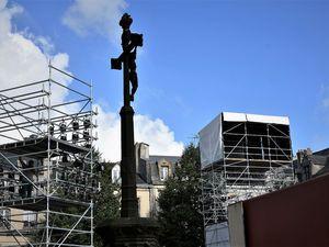 Le chantier de Les copains d'abord place saint-Corentin à Quimper (photos)