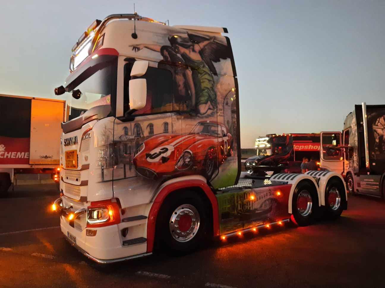 Camion décoré à l'aérographe