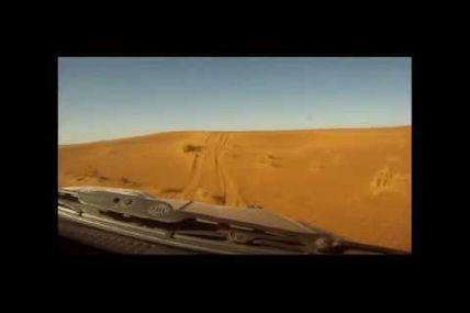 Le gros HDJ 80 local de Kamal et Amine le 111, sur notre rallye raid au Maroc le M'Hamid Express
