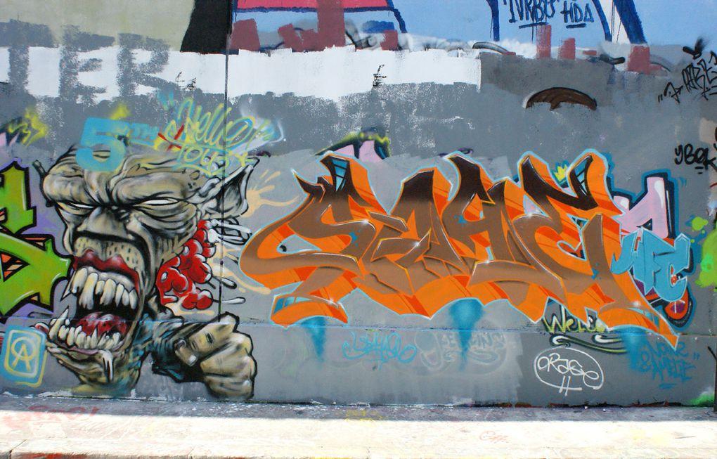 Album - Graffitis-Pyrenees-Story-014