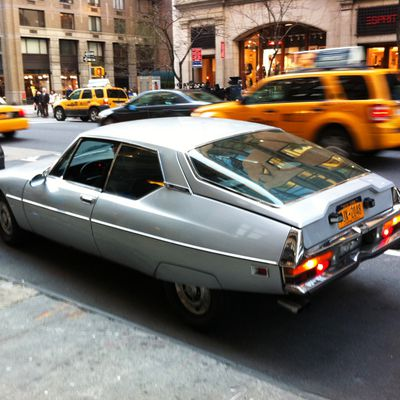 WANTED : CITROEN FOR PHOTOSHOOT IN MANHATTAN NYC