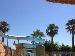 la piscine ,les filles ont adoré