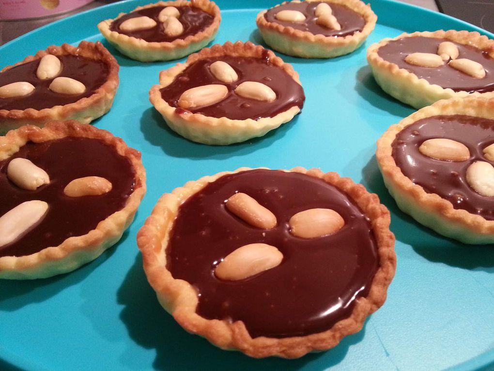 Tartelettes chocolat, caramel aux cacahuètes