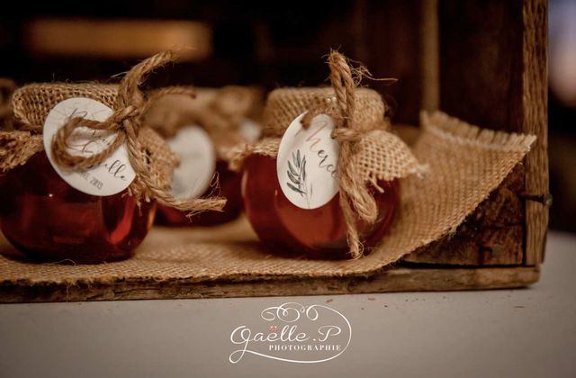 options de table assorties au faire part de mariage de Marion et Cyrille ... thème olivier