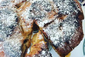 gâteau de pain perdu à la confiture ( recette anti-gaspi avec du pain rassis )