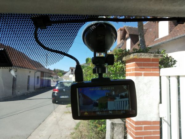 Test de la DashCam Full HD grand angle Aukey DRA1 @ Tests et Bons Plans