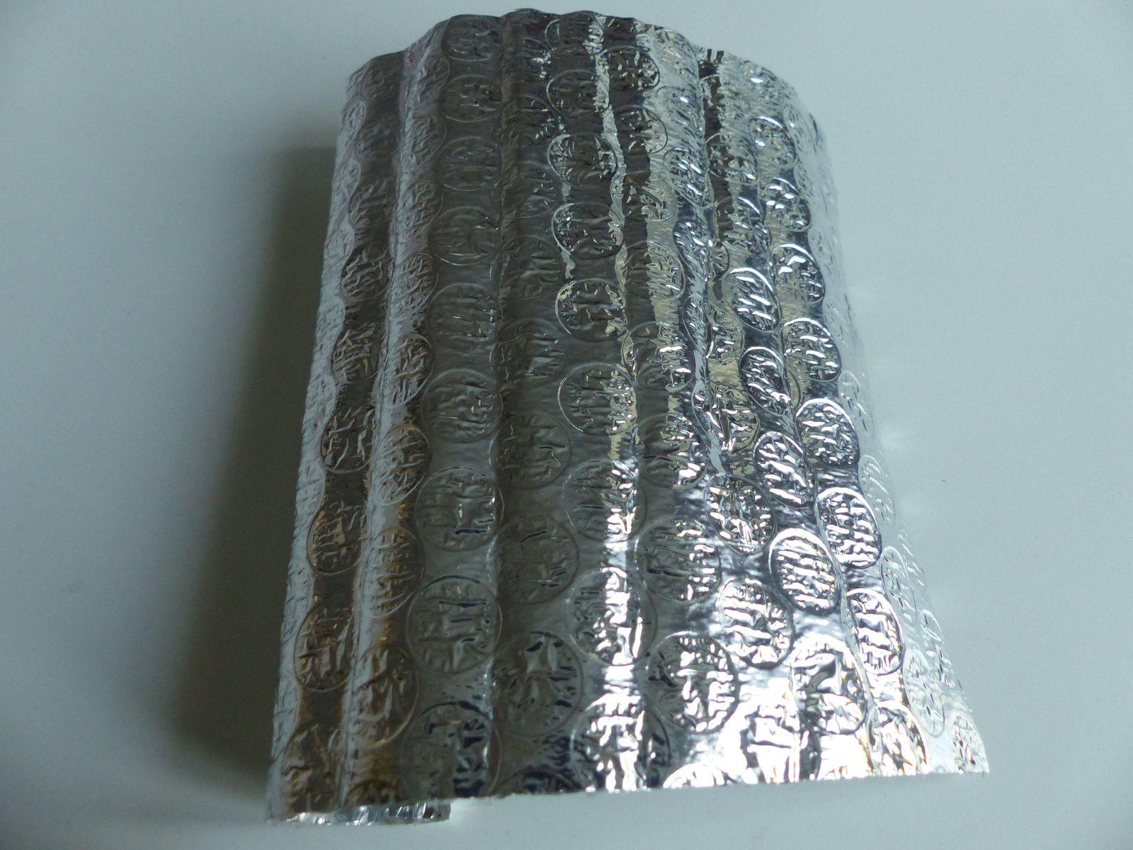 L'isolant thermique vendu aux dimensions nécessaires, le petit bout que vous voyez là est tout ce qu'il me reste.