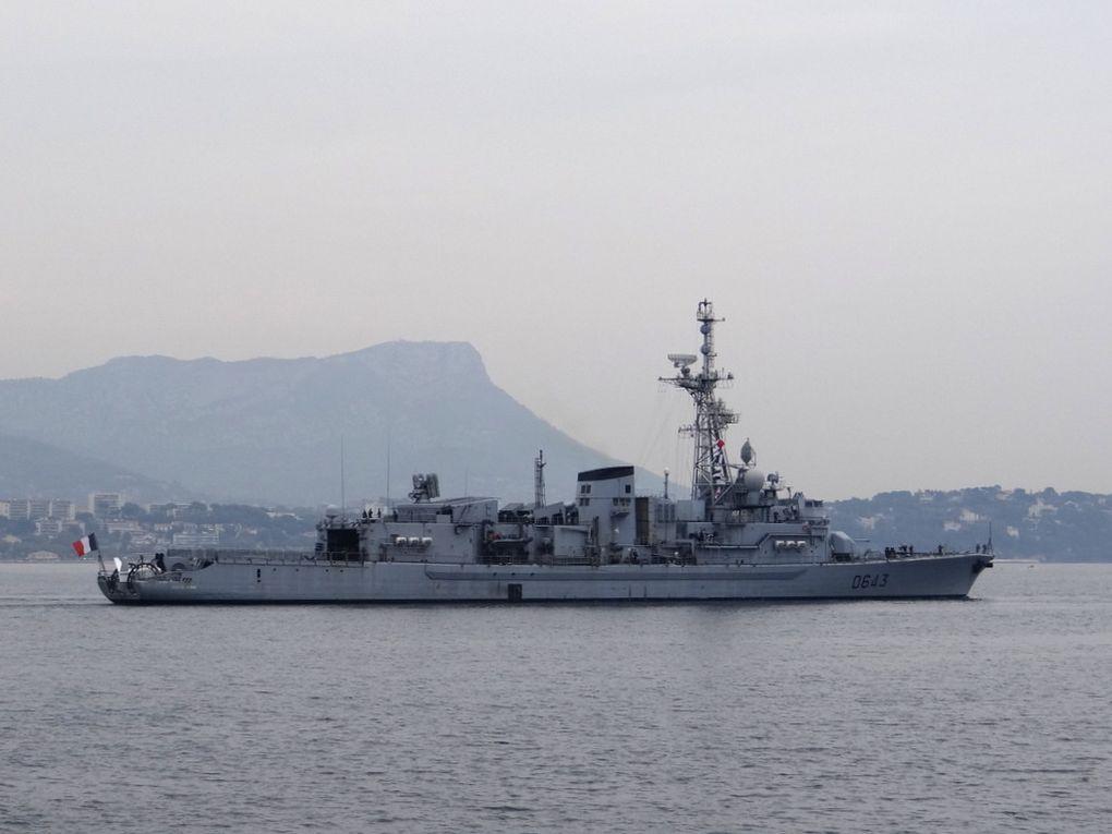 JEAN DE VIENNE  , D643 , frégate anti sous marine(FASM) type F70 , appareillant de Toulon le 02 octobre 2017