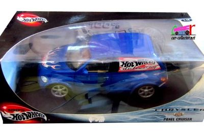 CHRYSLER PT CRUISER PANEL DELIVERY 2000 HOT WHEELS 1/18
