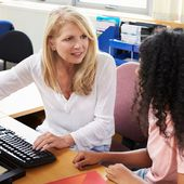 """Bonnes feuilles : """" Le coaching scolaire : un marché de la réalisation de soi """""""