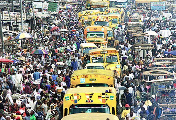 Imágenes de Lagos, capital económica de Nigeria.- El Muni.