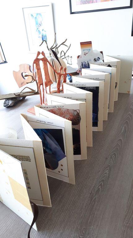 Diaporama : peu à peu la construction du livre-objet, dans l'atelier ou at home upside down...