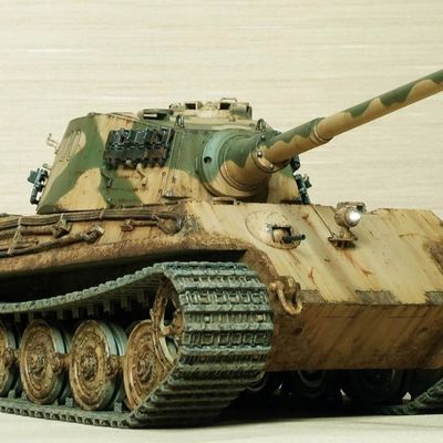 Painting Camo - How to Make Military RC Models More Realistic