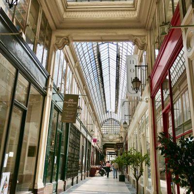 Paris.....Quelques passages du 9 ème