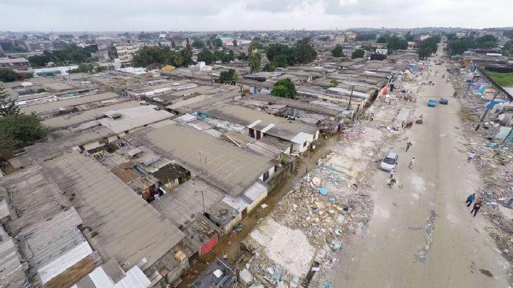 Imágenes de Yopougon, Costa de Marfil.- El Muni.