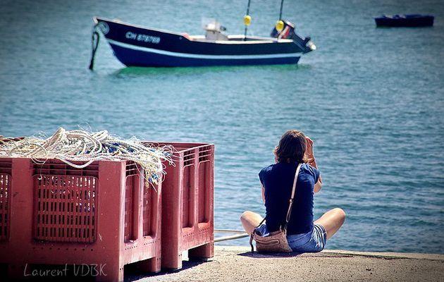 Se reposer et se détendre sur le port de Barfleur...
