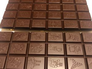 moulage chocolat noir pistache