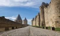 Eugène Emmanuel Viollet-le-Duc   Rappel pour  ceux qui aiment nos beaux villages et nos vieux monuments