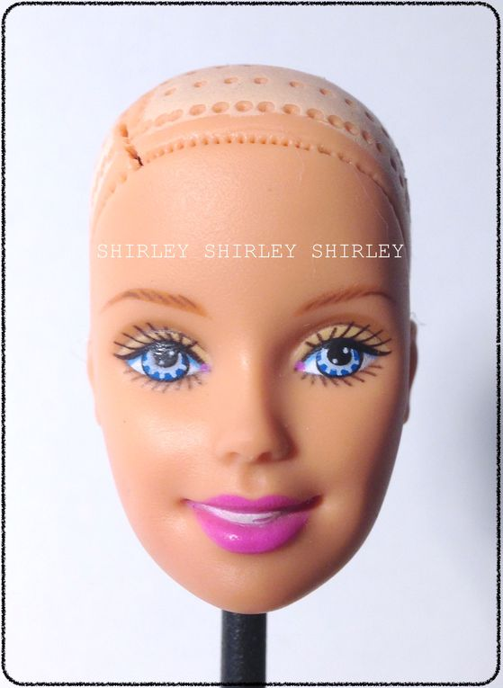 """SURF CITY"" BARBIE DOLL 2000 MATTEL #28417"