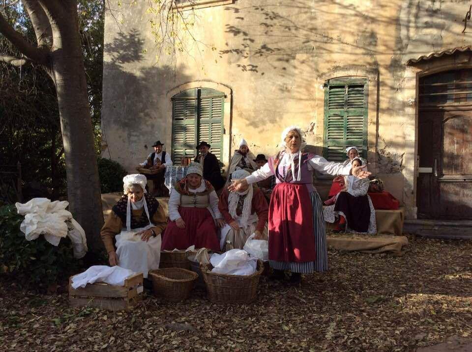 """Spectacle de Noël """"Crèche vivante"""" - Christmas show"""
